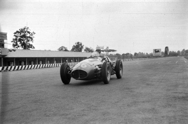 Sergio Mantovani/Luigi Musso, Maserati A6GCM-53.
