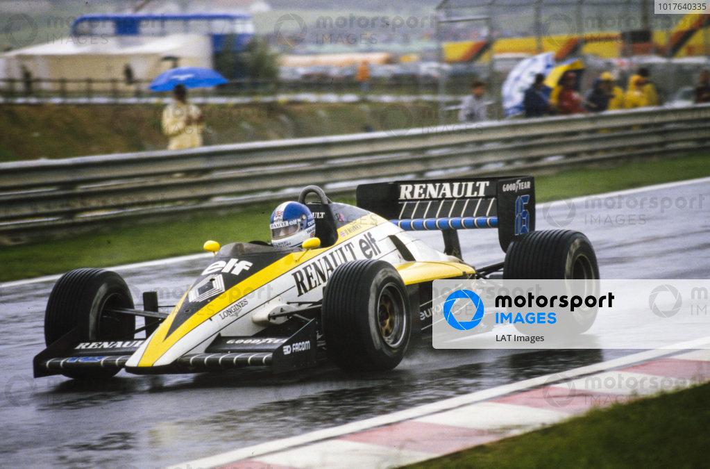 Derek Warwick, Renault RE60.