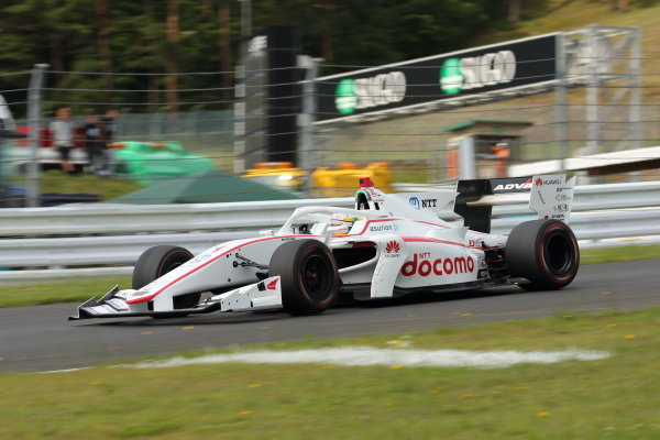Winner Naoki Yamamoto, DOCOMO TEAM DANDELION RACING, Dallara SF19 Honda