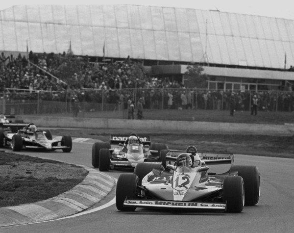 1978 Canadian Grand Prix.Montreal, Quebec, Canada.6-8 October 1978.Gilles Villeneuve (Ferrari 312T3) leads John Watson (Brabham BT46 Alfa Romeo). Villeneuve finished in 1st position, his first GP win.World Copyright - LAT Photographic
