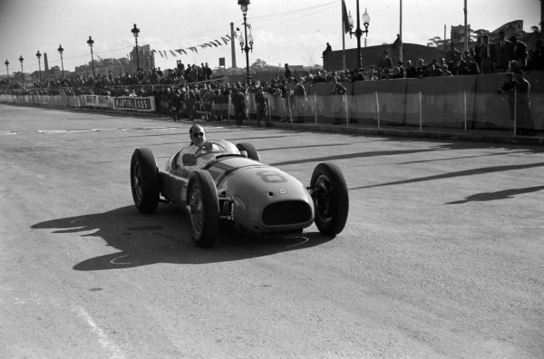 Reg Parnell, BRM Type 15.