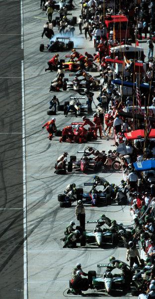 1999 CART California 500, California Speedway 31/10/99The crowd hits the pits-1999, Michael L. Levitt / USALAT PHOTOGRAPHIC