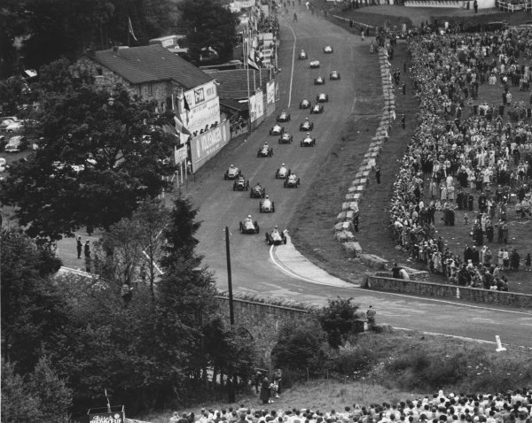 Spa-Francorchamps, Belgium. 22nd June 1952. Alberto Ascari and Giuseppe Farina (both Ferrari 500) lead at the start. Jean Behra (Gordini T16) lead briefly at the end of the lap, action. World Copyright - LAT Photographic. Ref: 52/25 - 7