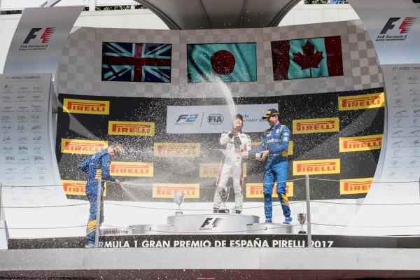 2017 FIA Formula 2 Round 2. Circuit de Catalunya, Barcelona, Spain. Sunday 14 May 2017. Oliver Rowland (GBR, DAMS), Nobuharu Matsushita (JPN, ART Grand Prix), Nicholas Latifi (CAN, DAMS)  Photo: Zak Mauger/FIA Formula 2. ref: Digital Image _56I0262