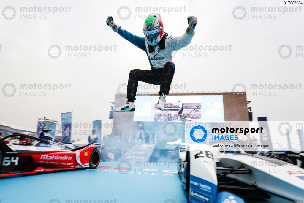 Antonio Felix da Costa (PRT), BMW I Andretti Motorsports leaps off his car in celebration of his victory