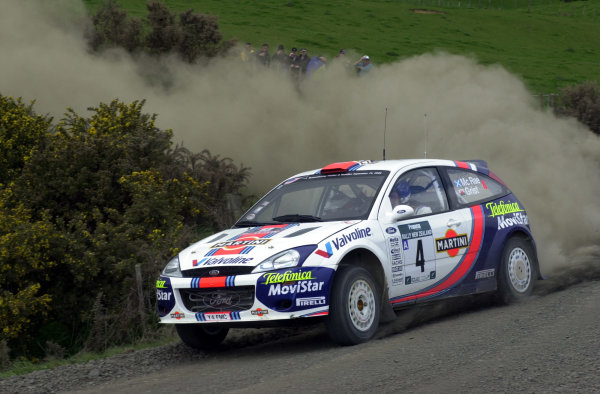 2001 World Rally Championship.Rally of New Zealand. September 20-23, 2001.Auckland, New Zealand.Colin McRae on stage 4.Photo: Ralph Hardwick/LAT