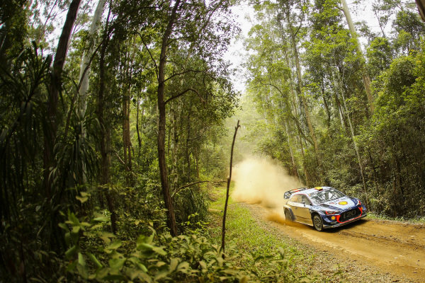Andreas Mikkelsen (NOR) / Anders Jaeger-Synnevaag (NOR), Hyundai Motorsport Hyundai i20 Coupe WRC at World Rally Championship, Rd13, Rally Australia, Day Two, Coffs Harbour, New South Wales, Australia, 18 November 2017.