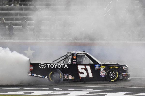 #51: Greg Biffle, Kyle Busch Motorsports, Toyota Tundra Toyota celebrates his win