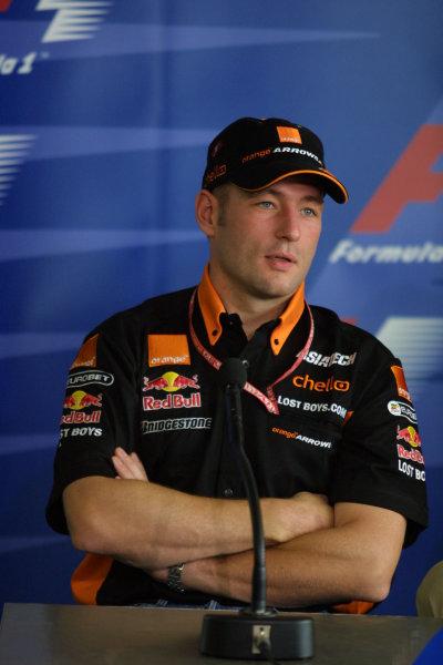 2001 Brazilian Grand Prix.Interlagos, Sao Paulo, Brazil. 30/3-1/4 2001.Jos Verstappen (Arrows Asiatech).World Copyright - Rose/LAT Photographicref: 8 9 MB Digital