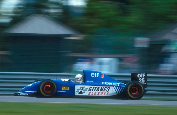 1993 Canadian Grand Prix.Montreal, Quebec, Canada.11-13 June 1993.Martin Brundle (Ligier JS39 Renault) 5th positionRef-93 CAN 09.World Copyright - LAT Photographic