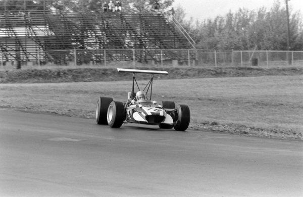 Vic Elford, Cooper T86B BRM, gets very sideways.