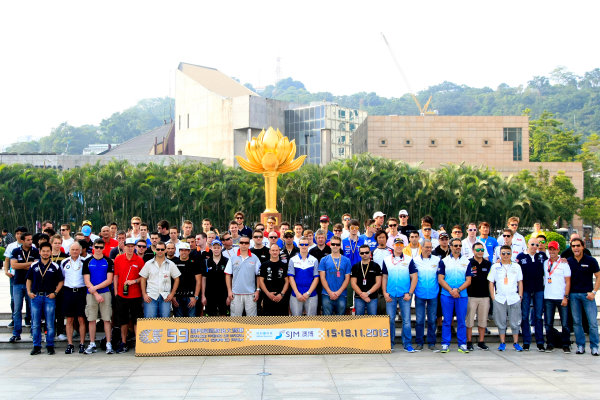 2012 Macau Grand Prix. Circuit de Guia, Macau. 15th - 18th November 2012. Drivers group photo. World Copyright: Ebrey/LAT Photographic.