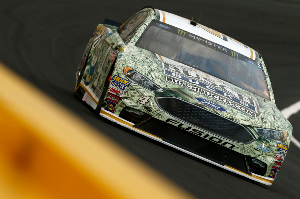 Monster Energy NASCAR Cup Series Monster Energy NASCAR All-Star Race Charlotte Motor Speedway, Concord, NC USA Friday 19 May 2017 Kevin Harvick, Stewart-Haas Racing, Busch Bucks Ford Fusion World Copyright: Matthew T. Thacker LAT Images ref: Digital Image 17CLT1mt1450