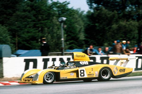 Le Mans, France. 11th - 12th June 1977.Jacques Laffite/Patrick Depailler (Renault Alpine A442), retired, action. World Copyright: LAT Photographic.Ref:  77LM