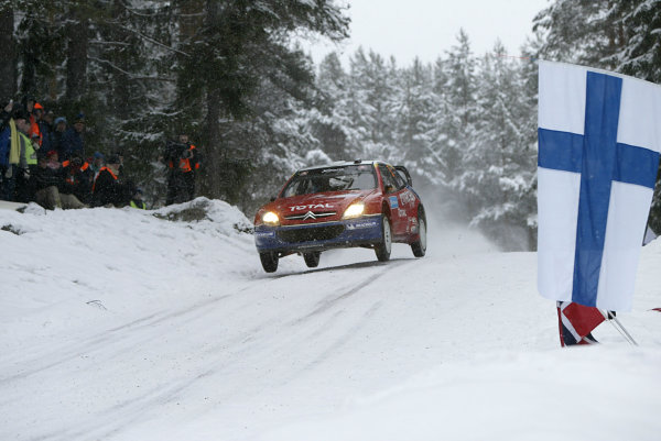 2004 FIA World Rally Champs. Round two, Swedish Rally.5th-8th February 2004.Sebastien Loeb, Citroen, action.World Copyright: McKlein/LAT