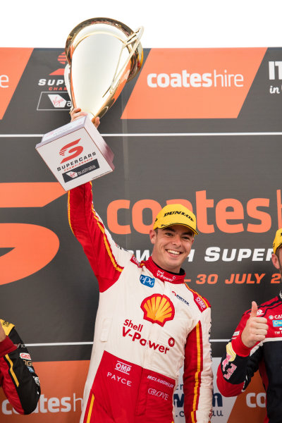 2017 Supercars Championship Round 8.  Ipswich SuperSprint, Queensland Raceway, Queensland, Australia. Friday 28th July to Sunday 30th July 2017. Scott McLaughlin, Team Penske Ford.  World Copyright: Daniel Kalisz/ LAT Images Ref: Digital Image 290717_VASCR8_DKIMG_9850.jpg