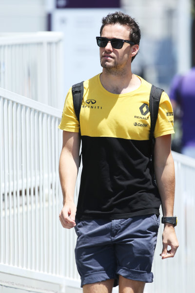 Baku City Circuit, Baku, Azerbaijan. Sunday 25 June 2017. Jolyon Palmer, Renault Sport F1.  World Copyright: Coates/LAT Images ref: Digital Image AX0W3191