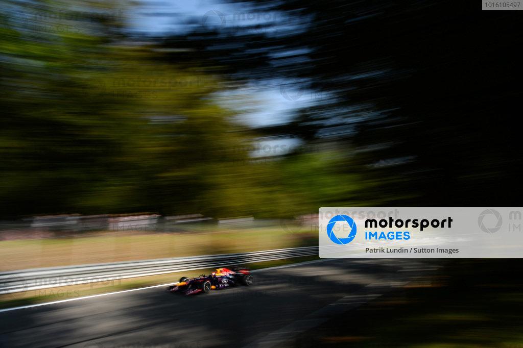 Sebastian Vettel (GER) Red Bull Racing RB9. Formula One World Championship, Rd12, Italian Grand Prix, Qualifying, Monza, Italy, Saturday 7 September 2013.  BEST IMAGE