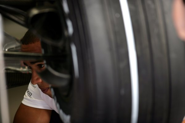 2007 Italian Grand Prix - ThursdayAutodromo di Monza, Monza, Italy.6th September 2007.Lewis Hamilton, McLaren MP4-22 Mercedes. Portrait. World Copyright: Andrew Ferraro/LAT Photographicref: Digital Image VY9E9545