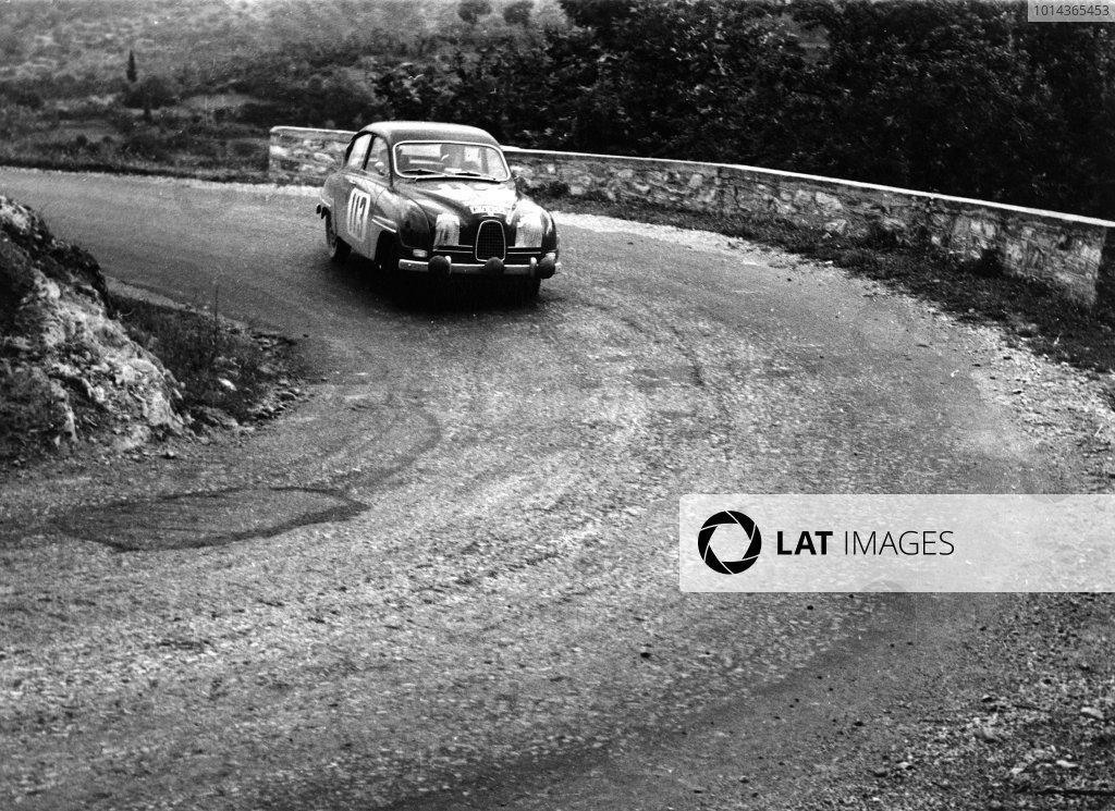 1961 Acropolis Rally. 18th - 21st May 1961. Erik Carlsson / Walter Karlsson (Saab 96), 1st position, action. World Copyright: LAT Photographic. Ref: B/W Print.