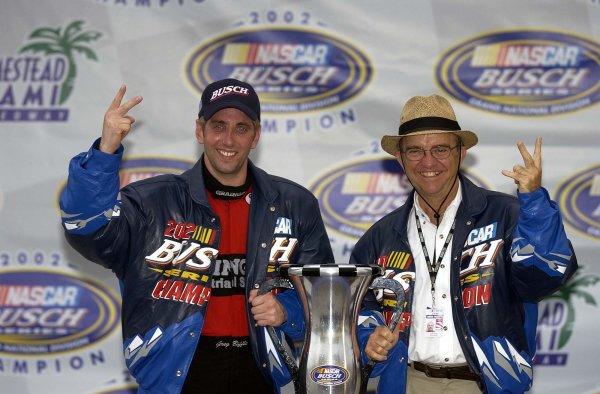 2002 NASCAR Miami, USA November 14-17,2002,Homestead-Miami Motorsports Complex-Greg Biffle and Jack Roush,-Robt LeSieur2002LAT Photographic