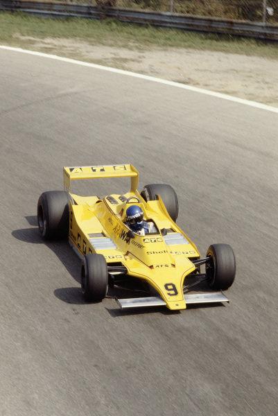 1979 Italian Grand Prix.Monza, Italy.7-9 September 1979.Hans-Joachim Stuck (ATS D3 Ford) 11th position.Ref-79 ITA 19.World Copyright - LAT Photographic