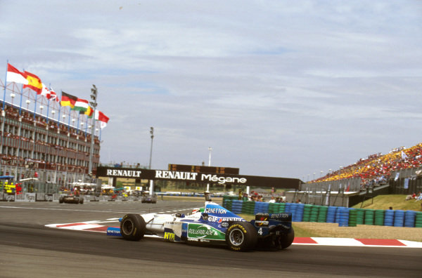 Magny-Cours, France.28-30 June 1996.Gerhard Berger (Benetton B196 Renault) 4th position at Lycee.Ref-96 FRA 16.World Copyright - LAT Photographic