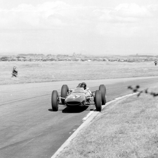 1962 British Grand Prix.Aintree, England.19-21 July 1962.Jim Clark (Lotus 25 Climax) 1st position.Ref-14785.World Copyright - LAT Photographic