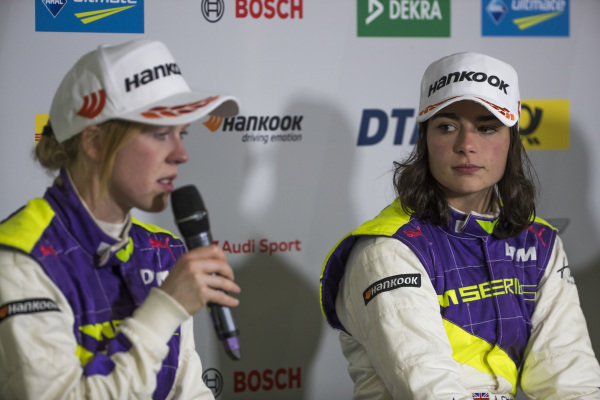 Alice Powell (GBR) and Jamie Chadwick (GBR) in the press conference