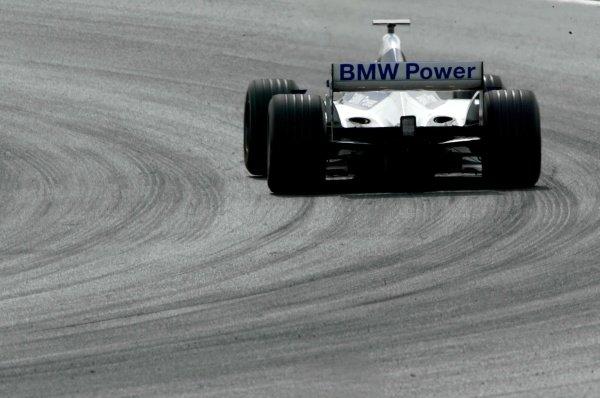 Marc Gene (ESP) BMW Williams FW24.Formula One Testing, Barcelona, Spain, 25 June 2002.